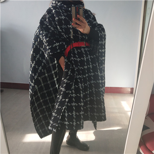 SuperAen Europe Cloak Women's Woolen Coat Wild Casual Fashion Plaid Ladies Woolen Coat Autumn and Spring New 2020 Women Clothing