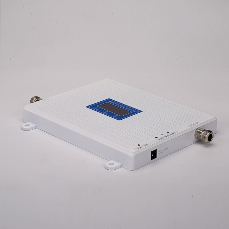 2G 3G 4G GSM 900mhz DCS 1800mhz WCDMA 2100mhz Triple Band Moblie Signal Booster LTE 1800mhz Repeater Amplifier For Europe Asia