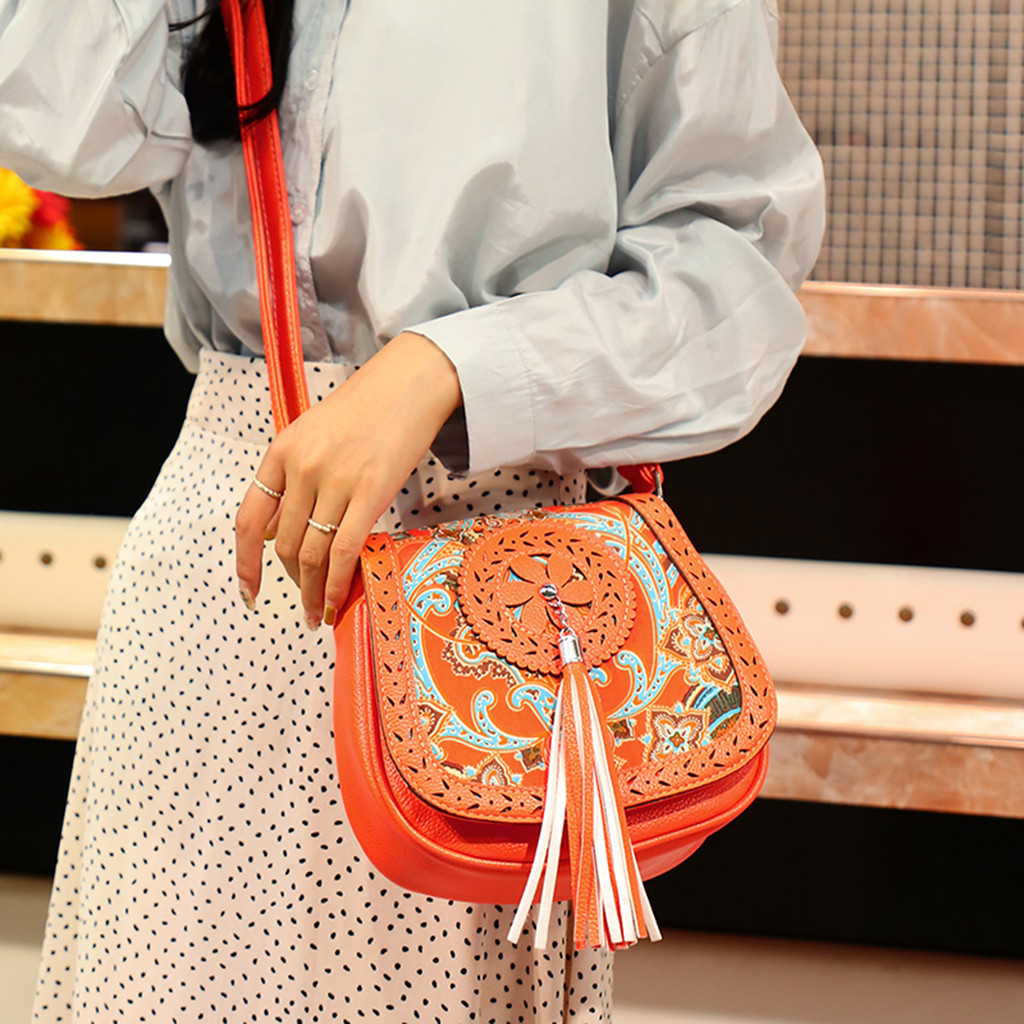 Vintage Chinese National Style Ethnic Shoulder Bag Women's Embroidery Boho Hippie Tassel Tote Messenger Bags For Woman 2019
