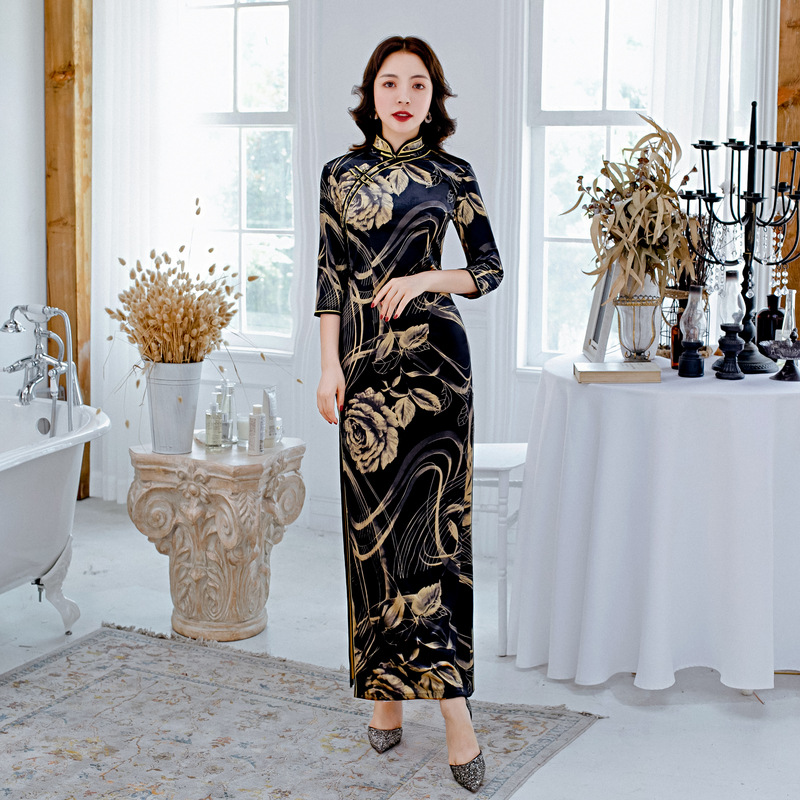 Elegant Women Velour Qipao Winter Velvet Long Cheongsam Daily Banquet Long Section Seven-point Sleeves Cheongsam Plus Size 5XL