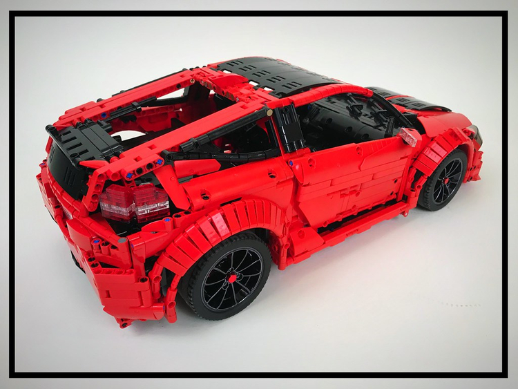 MOC 32829 Honda CR-Z by Loxlego with 3326 pieces