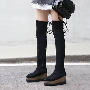 Image 2 - 새로운 도착 플록 플랫폼 스퀘어 발가락 웨지 무릎 부츠 위로 우아한 레이스 활주로 허벅지 높은 부츠 여성 겨울 신발 L03