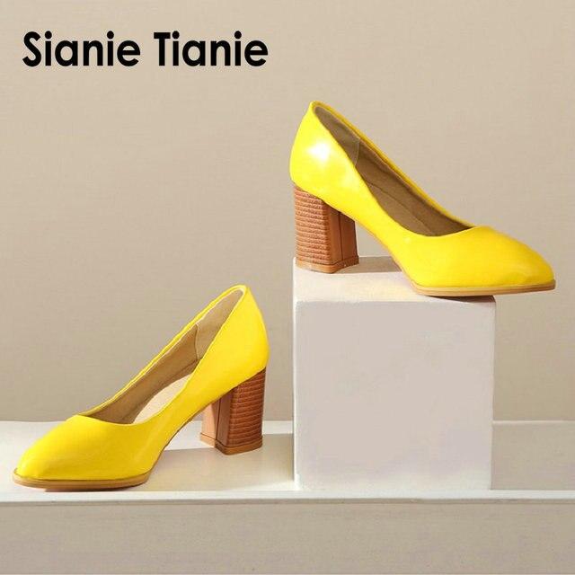 Sianie Tianie patent PU deri düz renk sarı orange bayan ayakkabıları blok bayanlar pompaları sapato feminino düğün ayakkabı boyutu 46