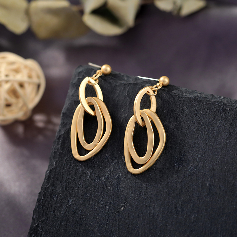 Irregular Alloy Circle Drop Earrings For Women Gifts Worn Gold Color Brand Design Fashion Jewelry Wholesale