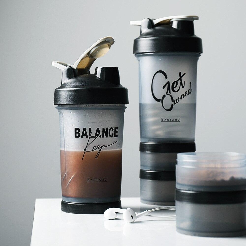 Sporcu shakerı şişe 500ML Protein tozu karıştırma şişesi spor spor salonu Shaker taşınabilir plastik Botella Mezclador Protein