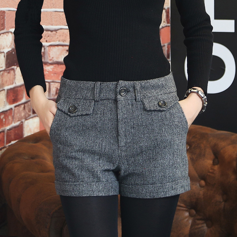 Korean Woolen Shorts Women 2019 Winter Mini Short Pants Feminino Autumn Zipper Up Pocket Buttons Plaid Bottom Femme S-XL