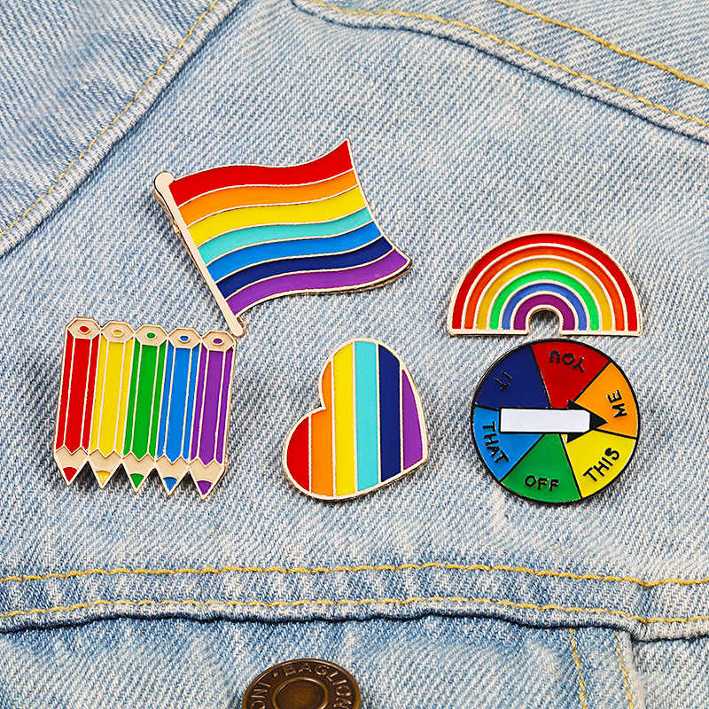 Creative Brooches Rainbow Pencil Heart Game Turntable Enamel Pins Colorful Women Clothes Metal Lapel Pin Cartoon Student Badges