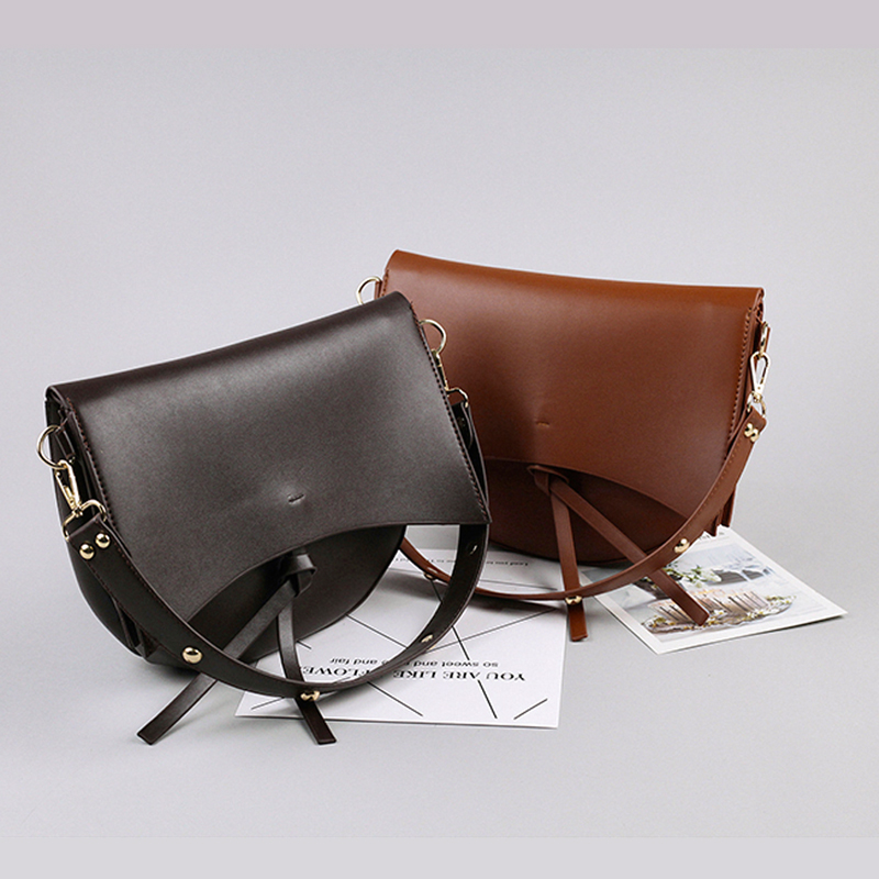 Vintage Large Saddle Women Crossbody Bags Designer Wide Strap Handbags Luxury Pu Leather Female Shoulder Bag Casual Lady Purses