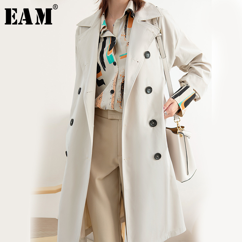 [EAM] Women Double Breasted Big Size Trench New Lapel Long Sleeve Loose Fit Windbreaker Fashion Tide Spring Autumn 2020 1B960