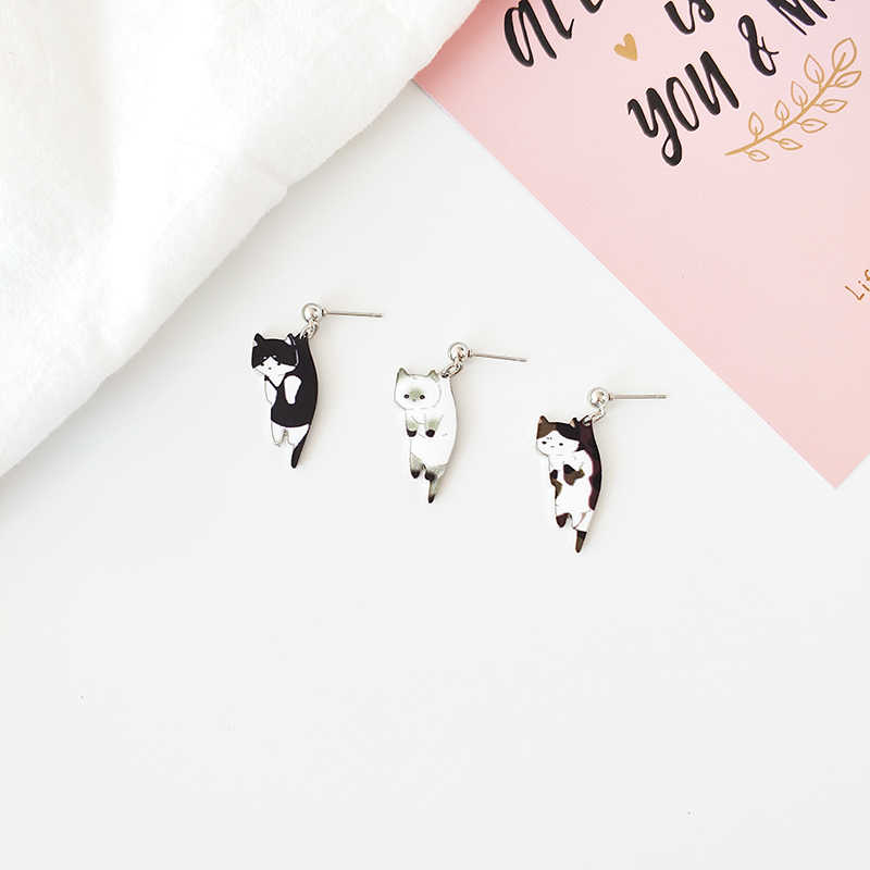 Japanese and Korean cartoon earrings for cute cats