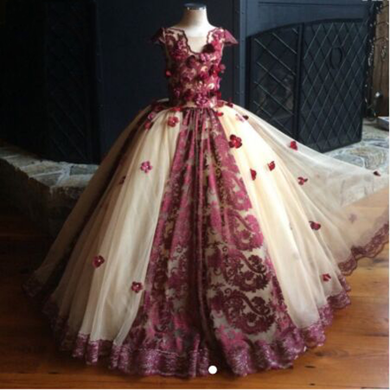 Luxury Appliques Lace Ruched Spaghetti Straps Ball Gown   Flower     Girl     Dresses   Vintage V-neck Sleeveless Communion Gown
