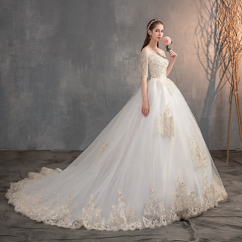 2019 New Wedding Dress Off The Shoulder Half Sleeve Wedding Gown Lace Applique Plus Size Simple Wedding Dress Robe De Mariee X