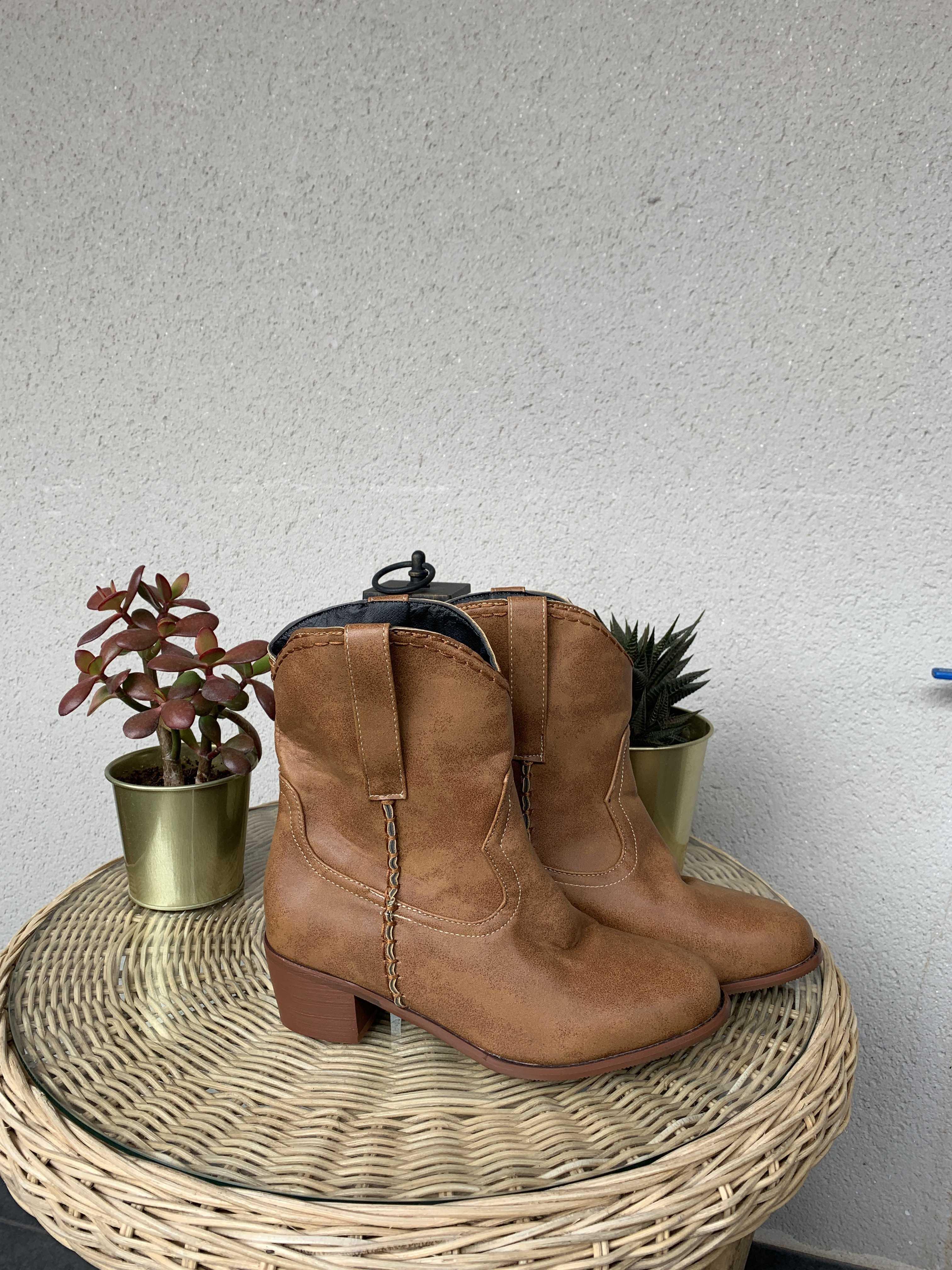 Botas estilo casual cowboy otoño 2019