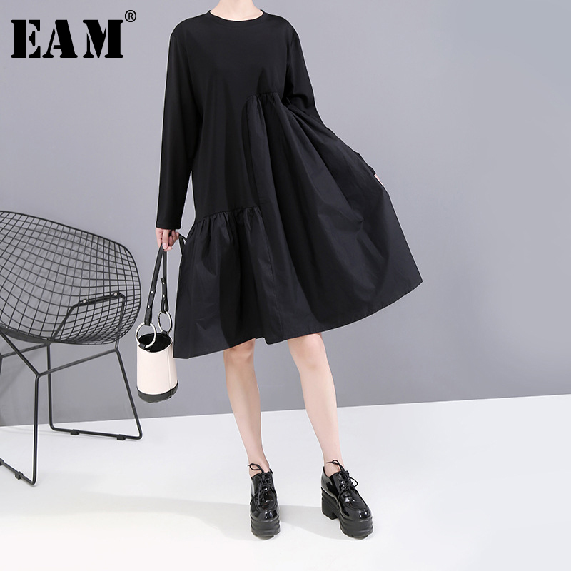 [EAM] Women Black Blue Spliced Pleated Dress New Round Neck Long Sleeve Loose Fit Fashion All-match Spring Autumn 2020 1A883