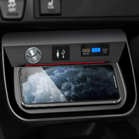 For Toyota RAV 4 RAV4 2019 2020 15W car QI wireless charger charging plate wireless mobile charger phone holder accessories