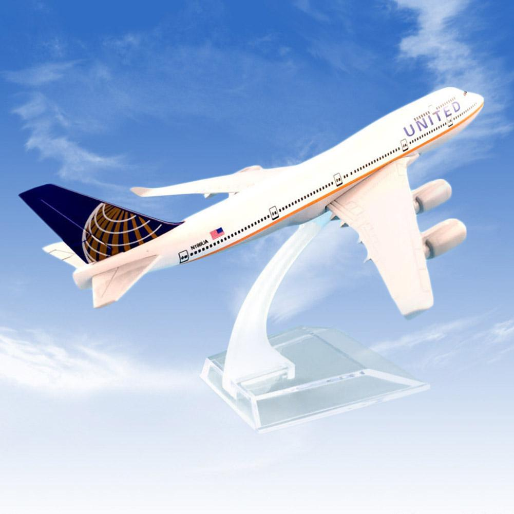 1/400 United Airliners B747 Diecast Alloy Airplane Plane Model Kids Airliner Simulation Aircraft Toy Collectible Gift Decoration