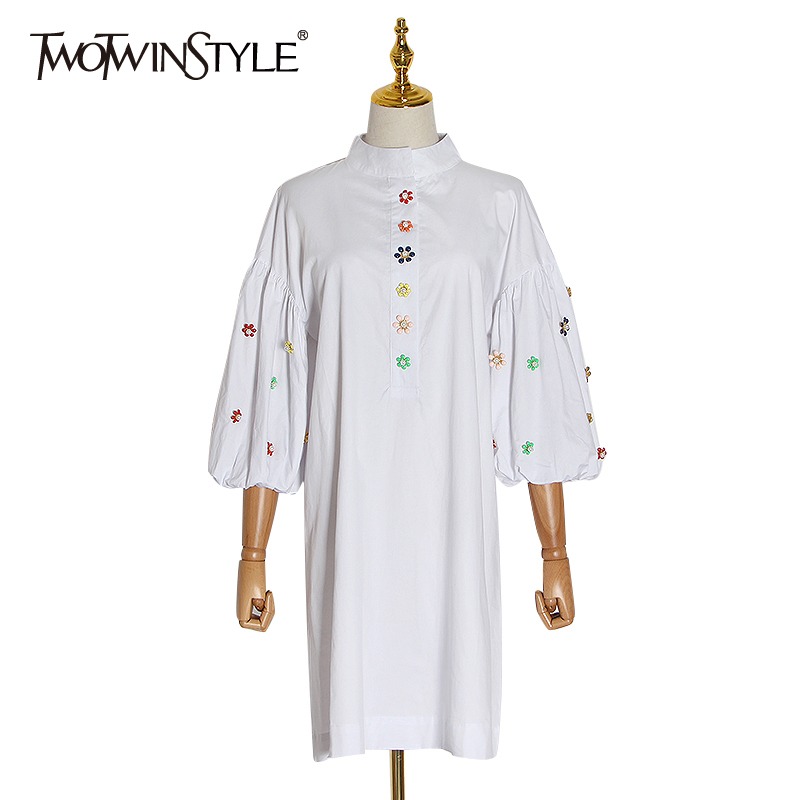 TWOTWINSTYLE Patchwork Appliques Dress Female Stand Collar Puff Three Quarter Sleeve Loose Ruched Dresses Women Fashion 2020 New