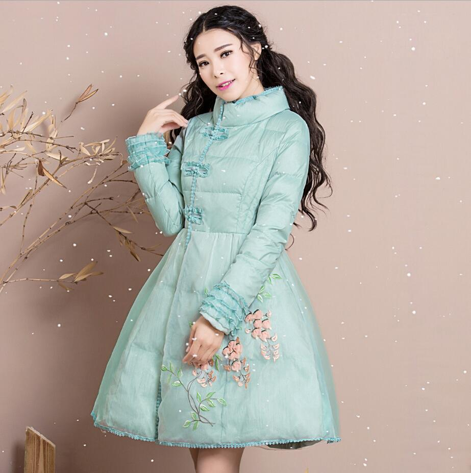 2019 WinterWoman Wear New Slim Stand Collar Flower Embroider Long Down Padded Girls Ladies Skirt Style Overcoats R1740