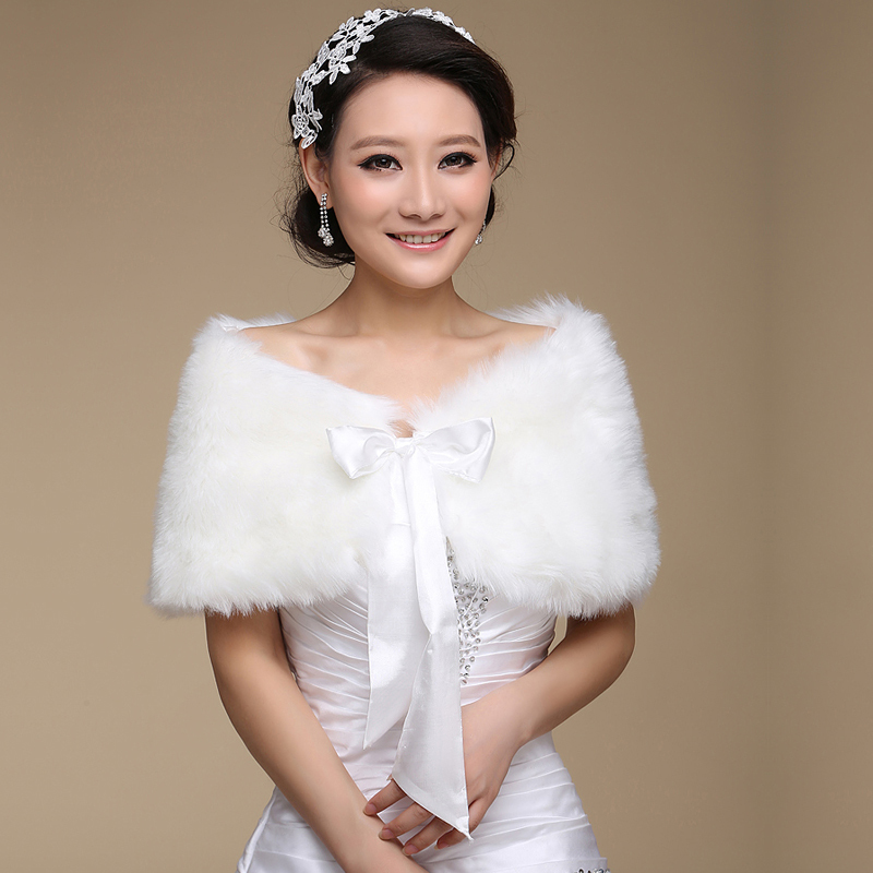 Hot Sale 2020 New White Faux Fur Wedding Shawls And Wraps Bridal Jacket Coat Wedding Accessories Faux Fur Wraps