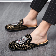 2020 Summer Cool Rhinestones Slippers for Male Gold Black Loafers Half Slippers Anti-slip Men Casual Shoes Flats Slippers Wolf luxury summer new cool slippers for male gold black loafers men half shoes anti slip men casual shoes flats slippers mules