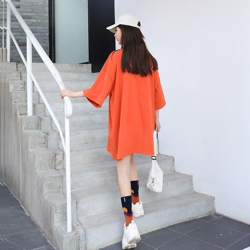 Купить женская длинная футболка оранжевая свободная с разноцветным