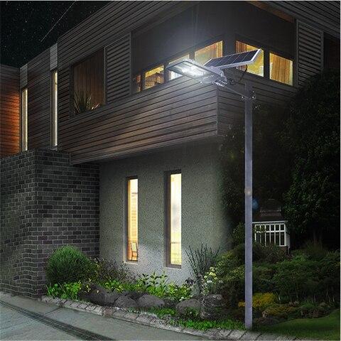 ar livre alta luz de rua solar