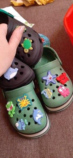 Image 5 - 100pcs/lot Cute Animals PVC Shoe Charms Panda Fishes Shoe Accessories Buckles Croc Decoration Jibz for Boys Girls Kids GiftShoe Decorations   -