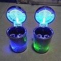 Auto Montiert Kreative Ash Tray LED Sieben farbe Lichter Nacht Licht Asche Tablett mit Deckel Auto Air Outlet Asche fach Farbwechsel-in Ornamente aus Kraftfahrzeuge und Motorräder bei