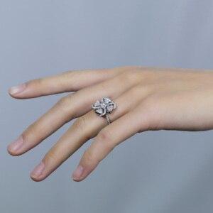 Image 4 - Transgems 18 18K ホワイトゴールド花の形センター 0.5ct F 色モアッサナイトの婚約指輪女性のためのアクセントと日常着
