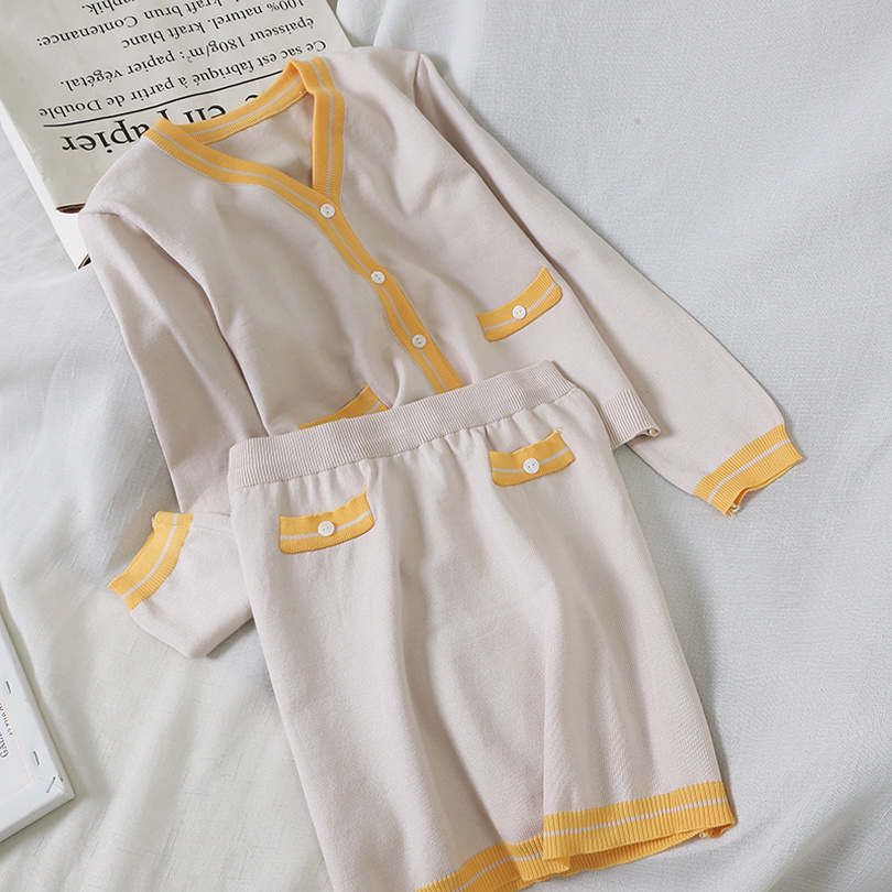 TYHRU Autumn Women's Contrast V-neck Cardigan Single-breasted Knit Top + Elastic Waist Pocket Skirt Two-Piece Set