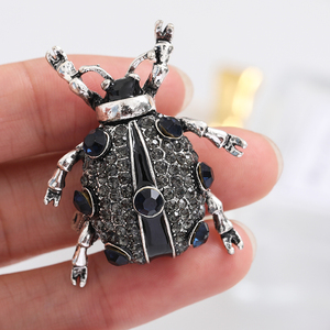 New Hot Insect Beetle Rhinestone Brooch Pin Ladies Men Fashion Jewelry Retro Corsage Jewelry Accessories