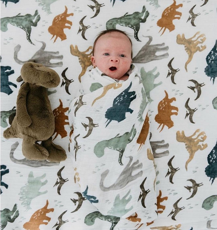 A 70% bamboo baby swaddle baby muslin blanket quality better than Aden Anais Baby Multi use  big diaper Blanket Infant Wrap