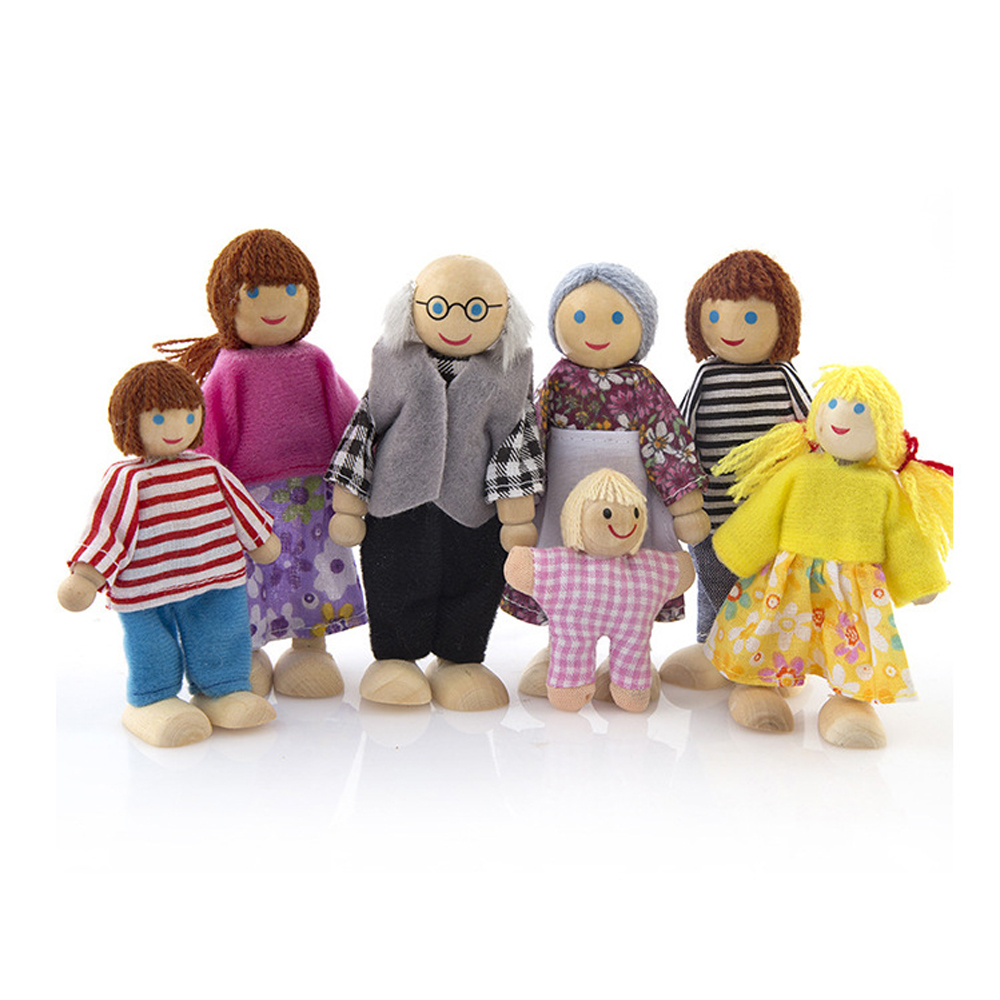 7 People Wooden Jointed Dolls Set Family Miniature Toys For Children Muppet Pretend Doll Toys Story-telling Dressed Characters