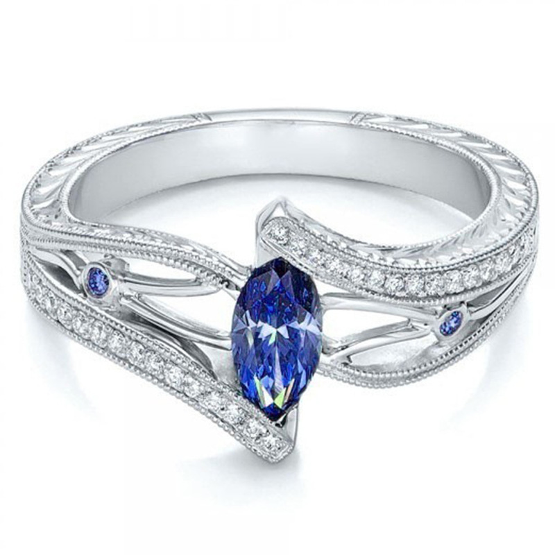 ENCHANTING CRYSTAL MONARCHY RING 1