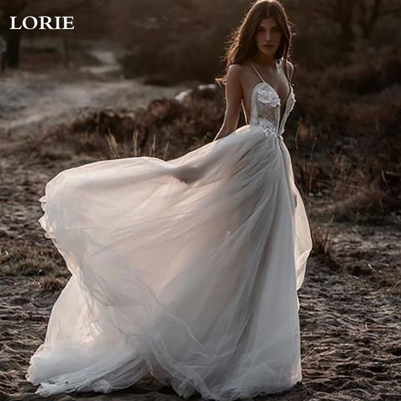 LORIE Boho Wedding Dress Spaghetti Strap A Line Long Backless Beach Wedding Gown Appliques Lace Top Bride Dress 2019