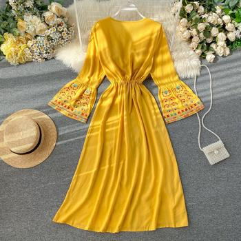 Elegant Dress National Style Embroidery Temperament Collect Waist Show Thin Beach Style Vestidos Solid Color Plus Size Dress 4