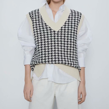 Chu Sau beauty 2020 New Loose Oversized Knitted Sweater Vest Women Casual V-neck Plaid Sleeveless Sweaters Women Chic Tops