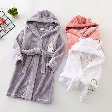 Детский зимний фланелевый банный халат с капюшоном и рисунком для мальчиков и девочек, ночная одежда, одежда для сна детский зимний толстый банный халат для малышей