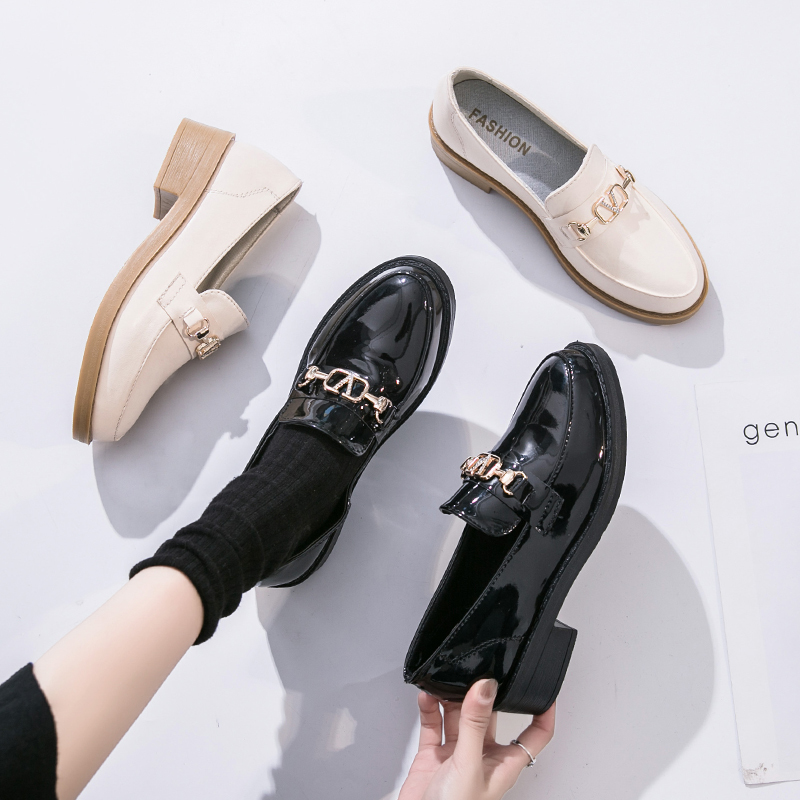 2020 Fashion Spring & Autumn Oxford flats woman loafers shoes femme New Patent Leather shoes woman Casual Riband Women's Flats