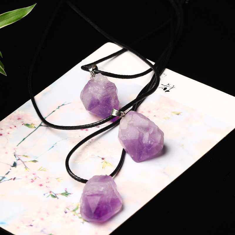 1PC Natural Crystal Amethyst Pendant Quartz Crystal Mineral Jewelry Fashion Pendant Couple Decoration DIY Gift Necklace Ornament