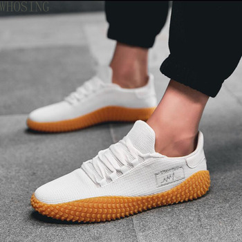 Men Casual Shoes 2020 New Spring Summer Ultra-light Sneakers For Men Fashion Mesh Breathable Vulcanized Shoes Male White Shoes