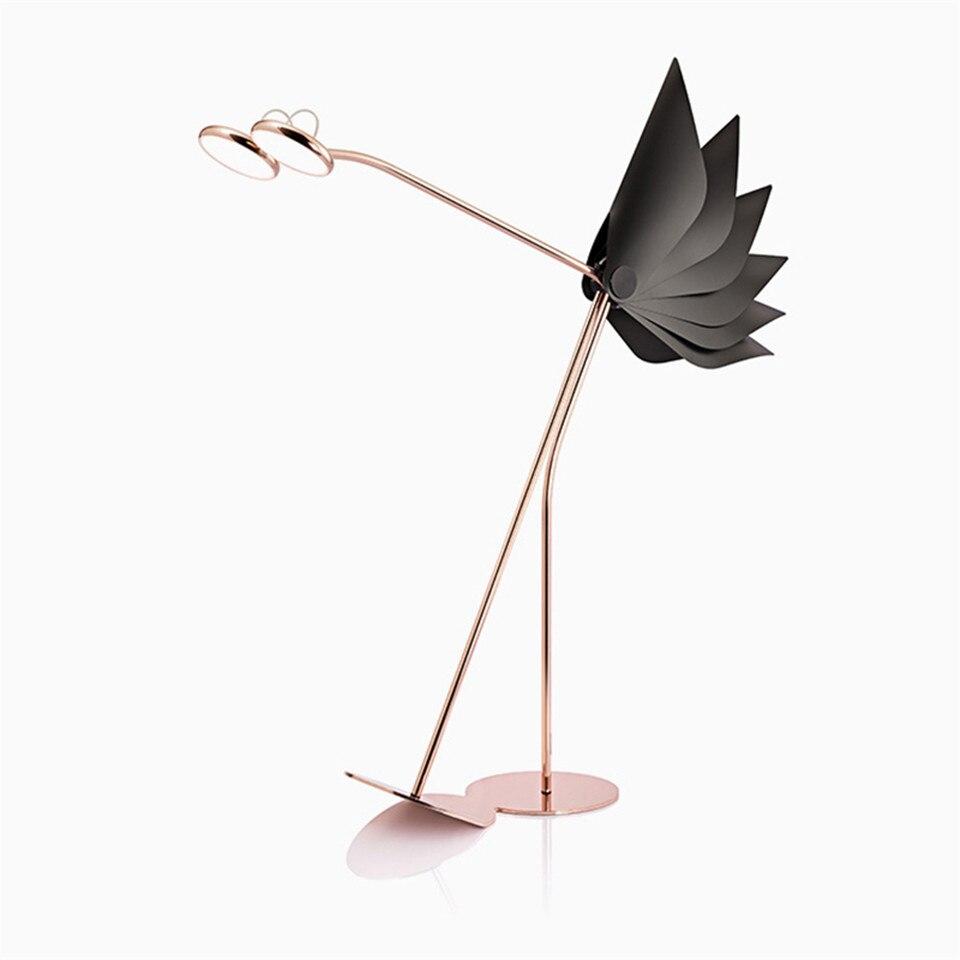 Nordic Denemarken Ontwerp LED Vloerlamp Postmoderne Verstelbare Foyer Floor Licht Rood Struisvogel Kantoor Lighing Vloer Lampen Tall Lamp