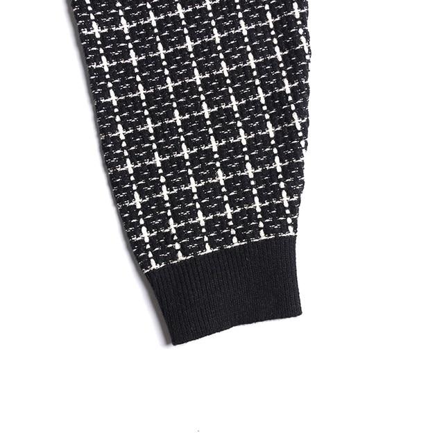 [EAM] black plaid big size Knitting Cardigan Sweater Loose Fit V-Neck Long Sleeve Women New Fashion Autumn Winter 2019 1K356 39