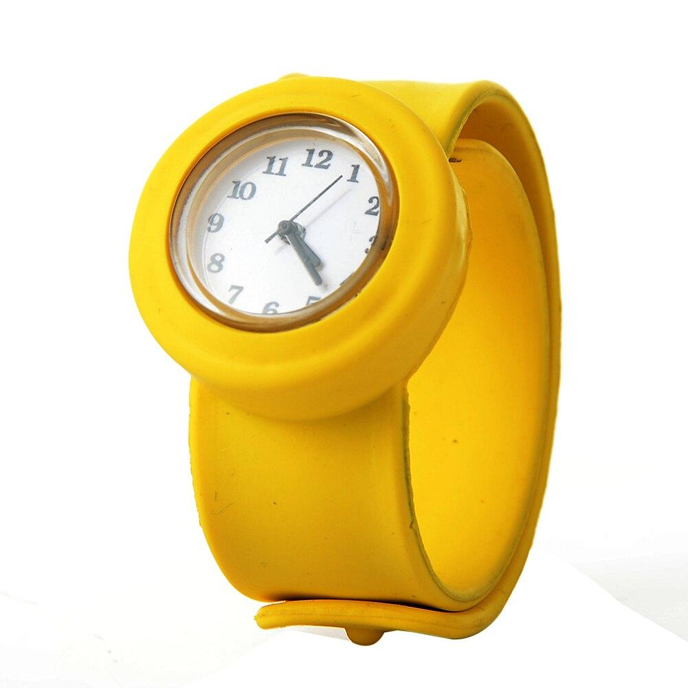Cute Soft Silicon Cartoon Watches Children Kid Quartz Watch Sport Casual Bendable Rubber Strap Wrist Watch for Girls Boys Gift