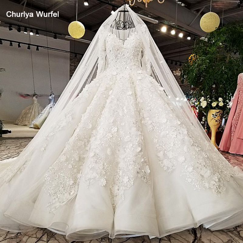 LS9879 2018 Ball Gown Wedding Dress With Hand Working Flowers O Neck Long Sleeves Bridal Wedding Gowns With Long Train As Photos