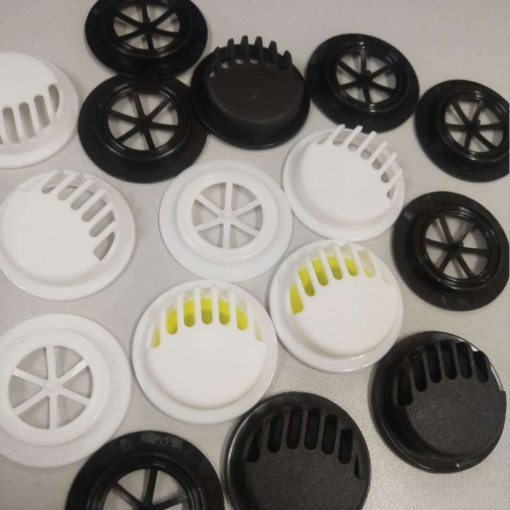 200pcs Black White Breather Valves Dustproof Breathing Filters Plastic Valve For Face Mouth Face Guard Spare Parts