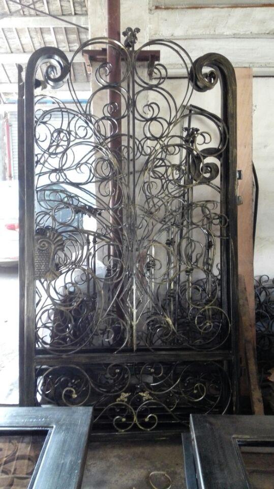 Hench Custom Steel  Garden Wrought Iron Gate