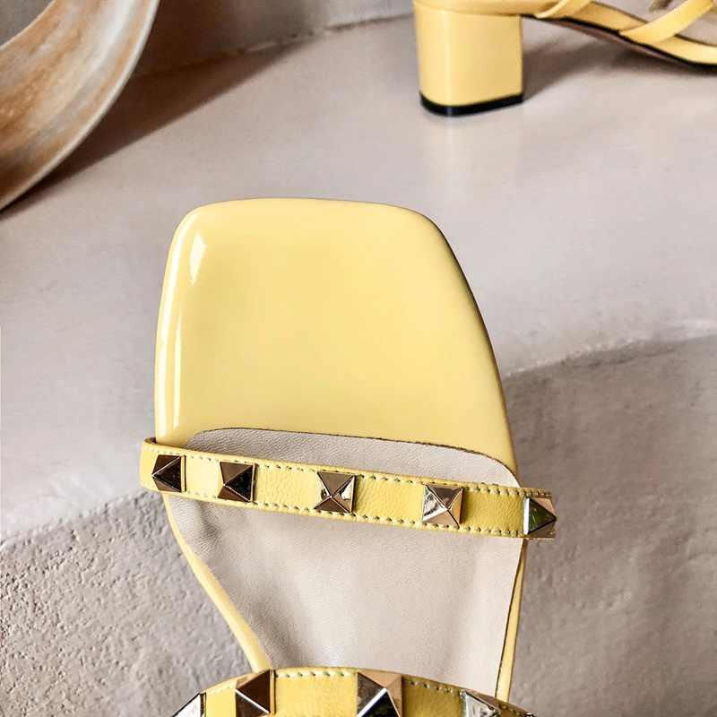EGONERY yeni stil terlik 2020 yaz yeni gelen 3 renk perçin sandalet rahat hakiki deri 5 cm topuklu bayan dış ayakkabı