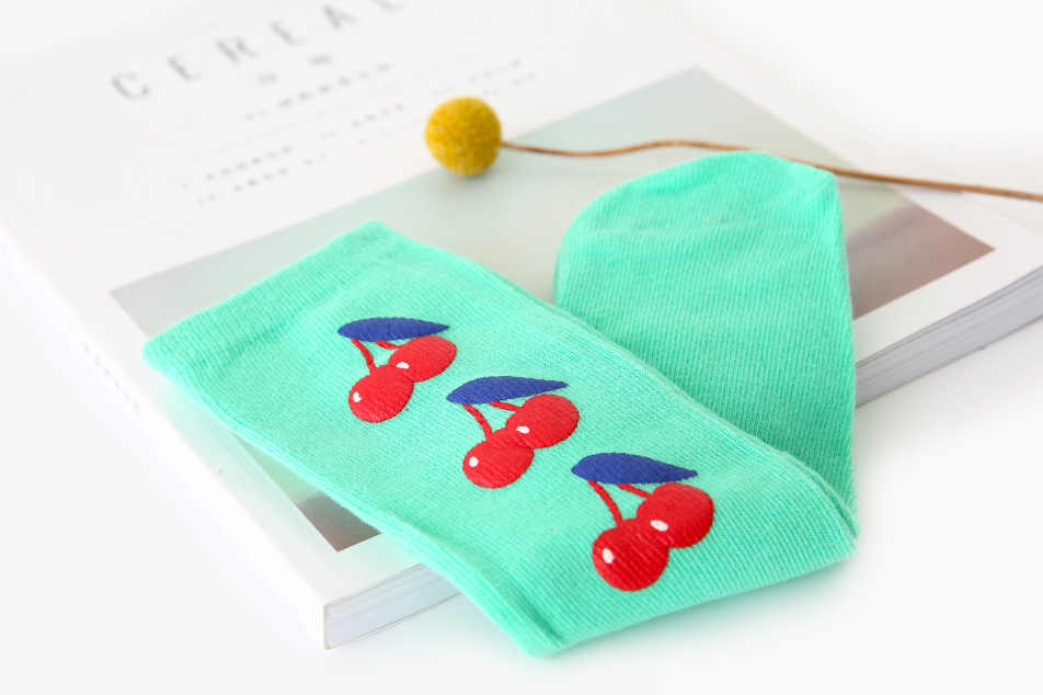 WLG berbeć chłopcy dziewczęta skarpetki dla niemowląt owoce drukowane zielony żółty beżowy wiosna jesień na co dzień skarpety 12-36 miesięcy