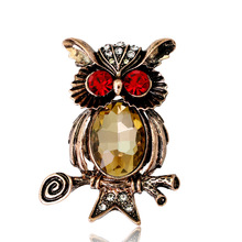 Fashion animal brooch European and American high-end personality trend owl Joker clothing accessories